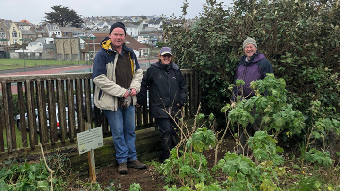 Bude Friends of the Earth weeding