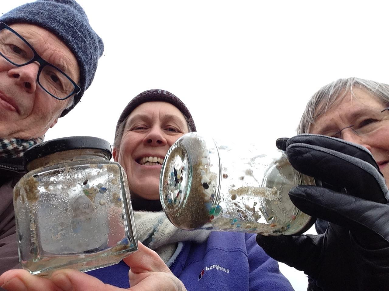Nurdle hunt, highlighting plastics pollution