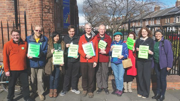 Andrew Gray with Heaton volunteers beside Chillingham Road Primary School